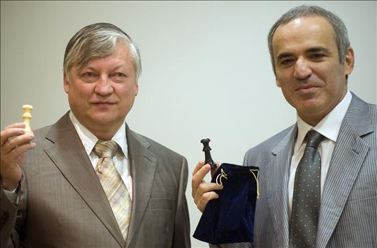Karpov y Kasparov se Reencuentran en Valencia Cuna del Ajedrez Moderno 7