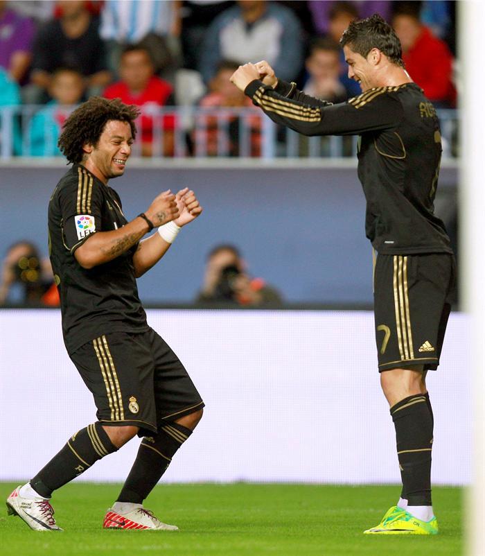 Celebración de gol de Cristiano Ronaldo y Marcelo 8